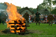 Funeral of the Slavic Warrior (Hrafn Photography) Tags: carpathiantroyedd ehd europeanheritagedays europejskiednidziedzictwa historicalreenactment nikond7100 openairmuseum slav vikingagereenactment