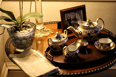 Tea and News (6079 Jones,P) Tags: yongnuo50mmf18 mottisfont national trust romsey hampshire img4396 tea service set tray table times plant end war europe newspaper