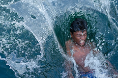 Splash (sakthi vinodhini) Tags: jump swim well pond village splash boys india tamilnadu 50mm nikon cwc cwc551