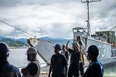 161005-N-JH293-118 (CTF 76) Tags: ussgb greenbay ussgreenbay lpd20 japan sasebo underway bhr esg cpr11 ctf76 patrol deployed us7thfleet pacific ocean water navy marines usmc 31meu vmm262 nbu7 lcac lcu subicbay philippines jpn