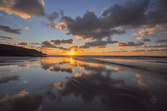 Baie d'Ecalgrain (Greg 50) Tags: sunset france hague normandie 50 normandy manche coucherdesoleil cloudscapes cotentin lahague ecalgrain baiedecalgrain