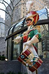 Rock Center Five Pack (Eddie C3) Tags: christmas newyorkcity rockefellercenter