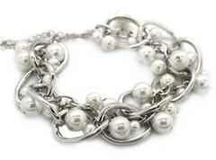 5th Avenue White Bracelet P9410-1