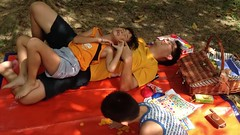 Tickle time (Stinkee Beek) Tags: picnic erin ethan leonard