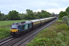 68016 at Acton Turville on 21st May 16' (LusitaniaD225) Tags: fearless thereddragon 68016 northernbelle gwml actonturville ukrailtours 1z28