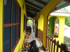 """Tortuguero: notre hôtel <a style=""""margin-left:10px; font-size:0.8em;"""" href=""""http://www.flickr.com/photos/127723101@N04/27118447745/"""" target=""""_blank"""">@flickr</a>"""
