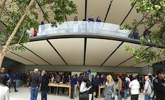 Apple Store - San Francisco Store balcony (raluistro) Tags: sanfrancisco apple shopping tech applestore unionsquare