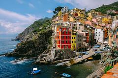 DSCF9787 (/mv) Tags: travel sea summer italy relax colorful italia village terre fujifilm leisure cinqueterre monterosso manarola cinque riomaggiore fujifilmxt1