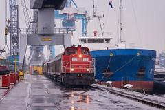 2016.06.19_11610_Heijplaat_DBC 6433 (rcbrug) Tags: rain kade quay rainy regen bediening 6400 6433 dbc waalhaven raccordement metaaltransport