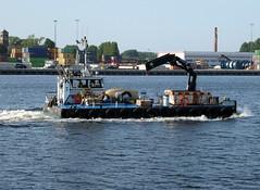 ZEEROB (Dutch shipspotter) Tags: pontoons workboats