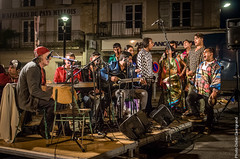 30_KesajTchave_2857 (darry@darryphotos.com) Tags: cafeduboulevard d300 deuxsevres kesajtchave melle melle79 nikon concert danse larondedesjurons mercredissurlaroute mercredissurlaroute2016 music musiciens musique scene show spectacle
