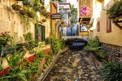 Velha cidade. (Zu Sanchez) Tags: portugal canon vieja velha madeira hdr funchal urbanlandscape pintoresco 70d ilustrarportugal portugalmágico canoneos70d zusanchez