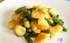 Ricetta gnocchi fritti asparagi, parmigiano e tartufo (RicetteItalia) Tags: gnocchi cucina primi ricette