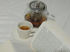 15/08/16 Rainy day. (Danielapd.) Tags: rainy day tea cup little cute book reading haruki murakami 1q84 japanese writer nikon photography coolpix bed white beautiful