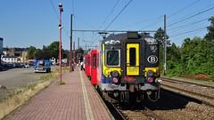 AM 994 - L154 - JAMBES (philreg2011) Tags: cityrail amclassique am994 l154 jambes l20144550 l20144589 sncb nmbs trein train