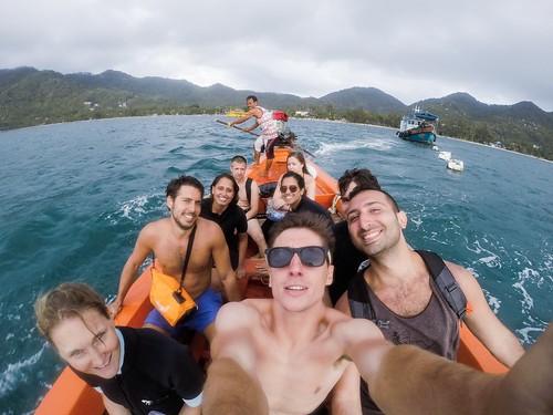 International diving team