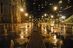 Prez (anisacphotography) Tags: portraiture youngadult phila philadelphia water fountain freezemotion lowlight night nightlight reflection city