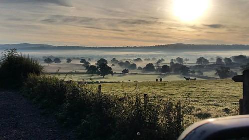 Early mist on this mornings school run 😊 #shropshire #aonb