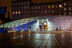 [324/365] Entering the mothership (Haz_man) Tags: autumn dark evening sweden space trainstation fujifilm sverige malmö fujinon project365 23mm skånelän fujifilmxt1 fujifilmfujinonxf2314r