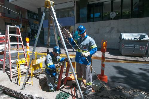 CEEE-D instala novo transformador na rede subterrânea da Capital.