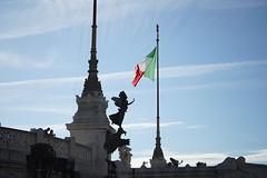 DSC05890 DSC05895 Victor Emmanuele II Monument (10_Days_in_Rome) Ta