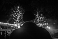 PapNoel (Elodie R-S) Tags: bw hiver nb fete lumiere ligth homme
