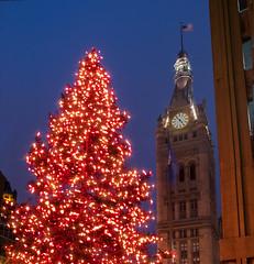 City Hall and Christmas Tree (Brian Sprague Photography) Tags: christmas cityhall christmastree redlights milwaukeecityhall
