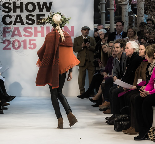 SONIA REYNOLDS PRESENTS HER SELECTION OF THE BEST OF IRISH FASHION- REF-101328