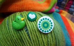 (sifis) Tags: color green art love wool shopping store natural emotion buttons style merino panasonic yarn lx7  sakalak      sakalakwool