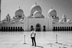 IMG_1217.jpg (svendarfschlag) Tags: me uae mosque abudhabi unitedarabemirates sheikhzayedmosque   vereinigtenarabischenemiraten