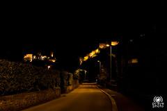 Bellinzona di notte (andrea.prave) Tags: switzerland svizzera suiza suisse schweiz     cantonticino tisn tessin bellinzona bellenz bellinzone notte night noche nacht    luce light    lumire luz