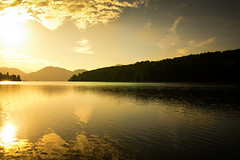 Golden Morning (--Conrad-N--) Tags: sunrise golden morning bavaria bayern mountains berge see lake reflections walchensee