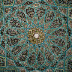 Shiraz (cranjam) Tags: gardens memorial pattern iran mosaic tomb middleeast persia mosaico ceiling poet pavilion shiraz tomba hafez giardini arabesque islamicart mediooriente padiglione hafezieh tombofhafez vsco andrgodard
