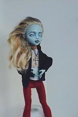(Azhill) Tags: doll zombie oneofakind ooak bbc repaint itf lagoona intheflesh lagoonablue monsterhigh