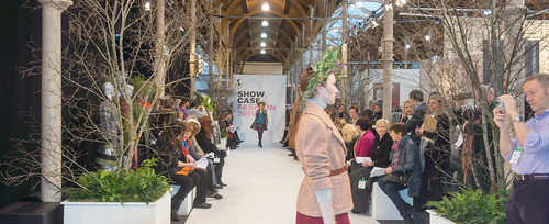 SONIA REYNOLDS PRESENTS HER SELECTION OF THE BEST OF IRISH FASHION- REF-101369