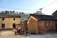 496 Xingmeng (farfalleetrincee) Tags: china travel history tourism asia village adventure mongolia guide yunnan streetview urbanlandscape 云南 tonghai minoritygroup mongols gengiskhan yuandynasty xingmeng 兴蒙蒙古族乡 threewheeledvehicleforcarryinggoods 通海县
