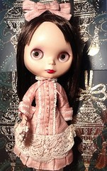Advent Group & Blythe-a-Day#29:Silver and Gold: Rosalind Wears Blythe Vogue