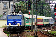 EU07-196 (Tamás Tokai) Tags: train railway bahn lokomotive lok pkp kolej pociąg vonat vasút mozdony