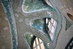 tilted tiles (paddy_bb) Tags: barcelona spain europa mediterranean cityscape catalonia spanien 2016 hospitaldelasantacreuisantpau nikond5300 paddybb