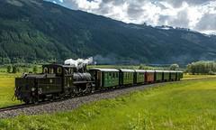 1834_2016_05_26_sterreich_Pirtenbach_SLB_Pinzgauer_Lokalbahn_BHStB_169_mit_Sonderzug_Schttorf (ruhrpott.sprinter) Tags: railroad schnee 3 salzburg club train germany logo deutschland austria sterreich diesel outdoor bs wiesen wolken eisenbahn rail zug blumen cargo berge 405 nrw 423 passenger vs alpen 404 wes zellamsee fret 169 mh gelsenkirchen ruhrgebiet 83 406 freight 402 dt 403 locomotives 401 slb dampflok lokomotive mittersill salzach 750 pinzgauer sprinter ruhrpott gter bahnbergang 453 b schmalspurbahn schenke reisezug schttorf stuhlfelden lokalbahn pirtendorf ellok pinzga mittelkupplung ugglschwarzenbach bhstb