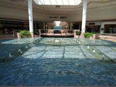 Wilton Mall Center Court Fountain- May 2016 (bradye21) Tags: food fountain court mall theater saratoga bowtie cinemas indoor marshalls wilton payless homegoods