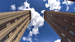 Die 2 Trme (Geonaut) Tags: skyscraper geotagged se stockholm schweden twintowers kungstornen 1924 wolkenkratzer kungsgatan stockholmsln zwillingstrme geo:lat=5933596500 geo:lon=1806555000