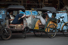 Taxi tricycles (Sibel Pipa - Photography) Tags: asia tricycle taxi driver jogja freetime drivers jogyakarta