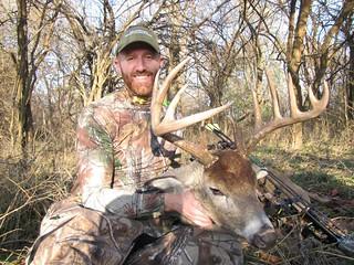 Kansas Trophy Whitetail Bow Hunt 51