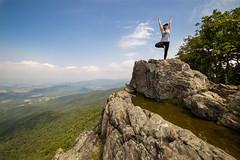 The Tree on Stony Man Cliff (Patrick Gensel) Tags: cliff tree yoga climb virginia nationalpark rocks unitedstates stretch valley northamerica shenandoah fitness blueridge skylinedrive skyporn stoneymancliff littlestoneyman easternparks