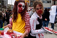 Zombie Walk Montreal 2014 Part 4 (adeschenes) Tags: red canada yellow blood pentax zombie montreal fastfood makeup mcdonalds tray waitress ronaldmcdonald dairyqueen dq scars 2014 k7 sigma1770mm placedesfestivals montrealzombiewalk montrealzombiewalk2014
