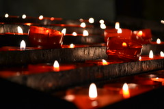 Praying (Marta Marcato) Tags: red candles religion pray calm spiritual calma candele pregare tranquillit spirito serenit spirituale