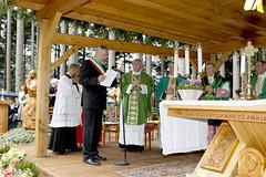 CARD. PAROLIN INAUGURA STATUA A LORENZAGO (www.amicodelpopolo.it) Tags: italia ita belluno lorenzagodicadore lamicodelpopolo adpaaa