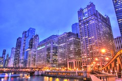 City that Glows (Alka_007) Tags: chicago night canon canoneos50d