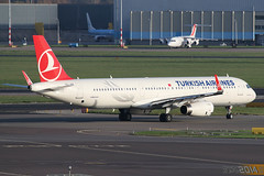 TC-JSE - Airbus A320-231 [5450] - Turkish Airines (Leezpics) Tags: amsterdam airbus schiphol ams airliners eham turkishairlines commercialaircraft sharklets tcjse 8november2014